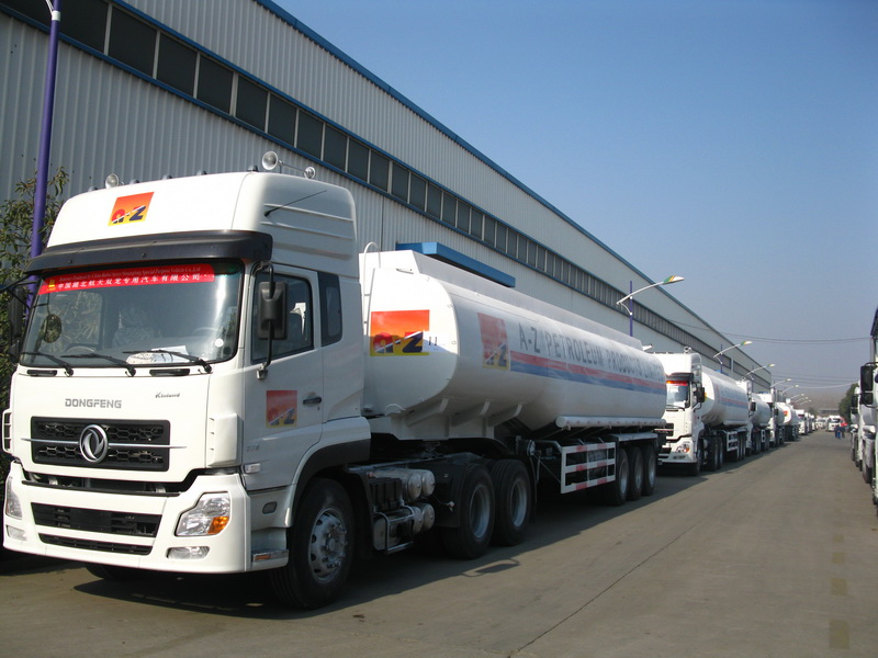 Ethopia customers order 100 units fuel tanker semitrailer from ceec trucks plant