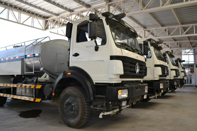 10 units beiben 20 CBM water trucks working in angola customer's project